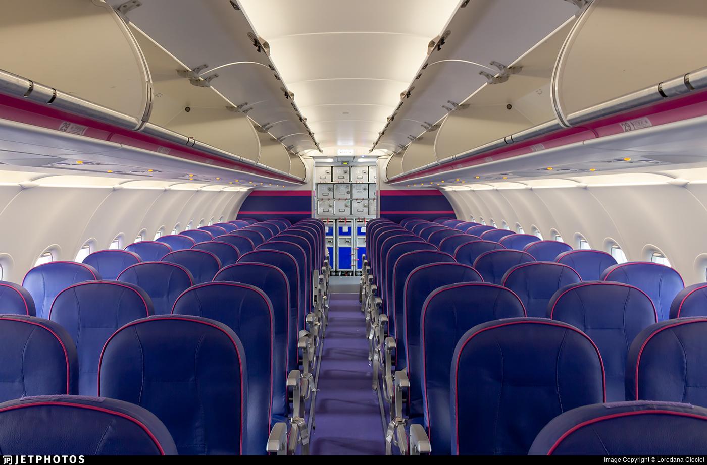 Ha Lxi Airbus A321 231 Wizz Air Loredana Cioclei Jetphotos