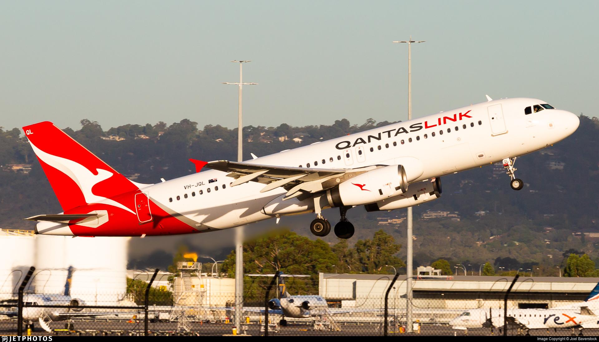 VH-JQL - Airbus A320-232 - QantasLink (Network Aviation)