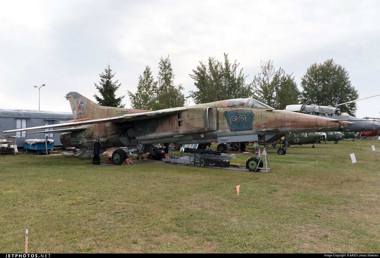 60 - Mikoyan-Gurevich MiG-27 Flogger - Russia - Air Force
