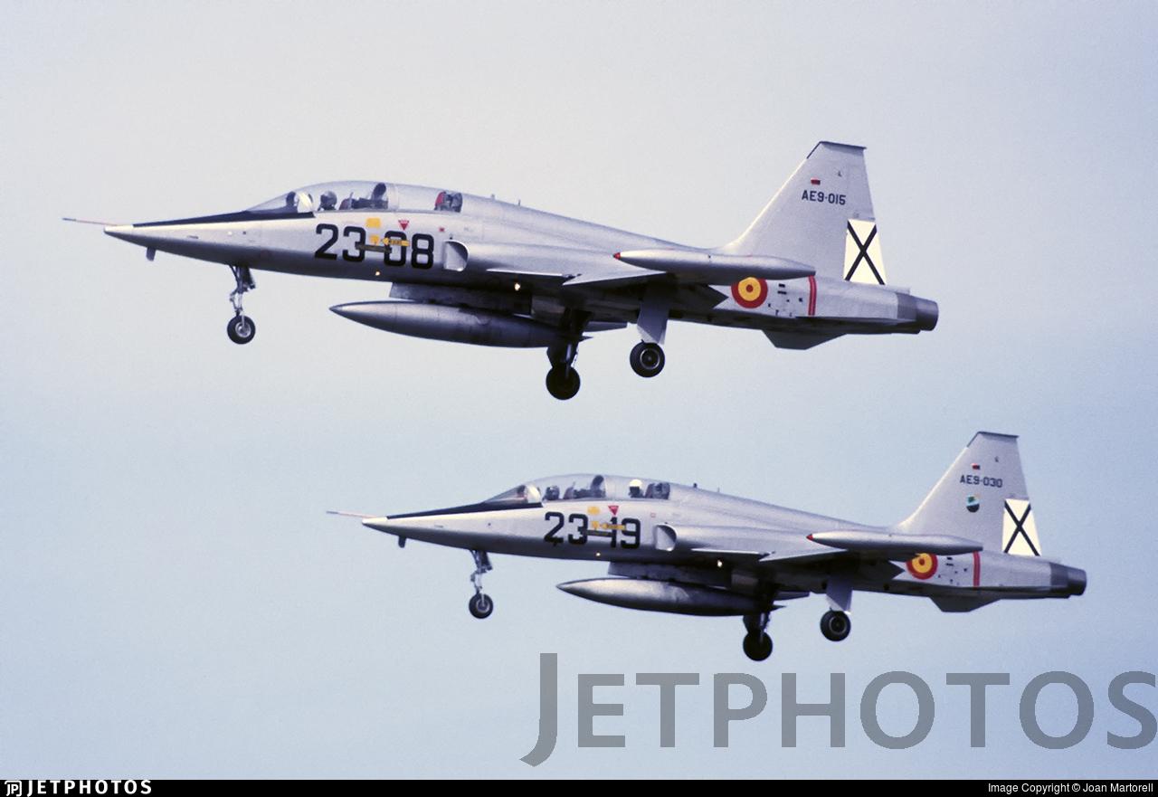 AE.9-015 - CASA SF-5B Freedom Fighter - Spain - Air Force