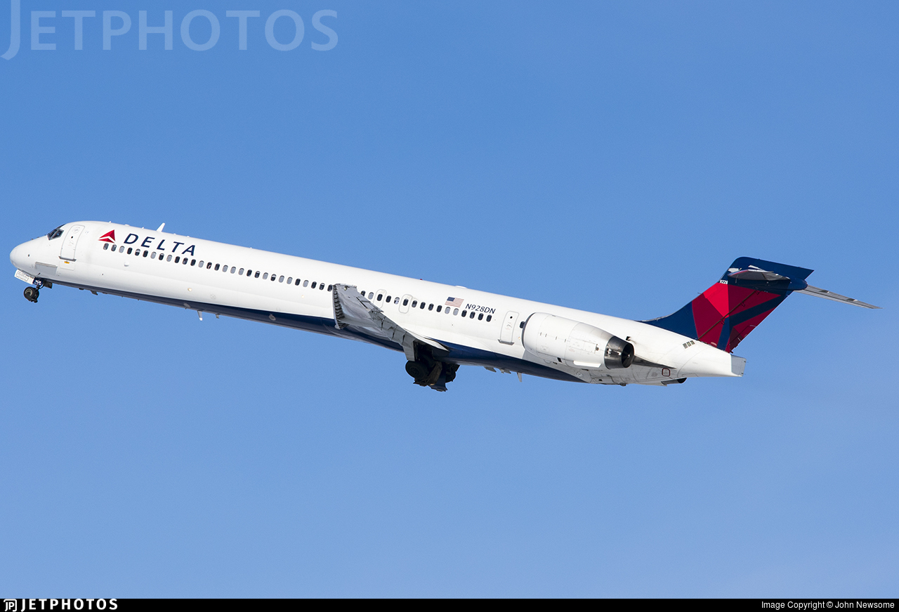 N928DN - McDonnell Douglas MD-90-30 - Delta Air Lines