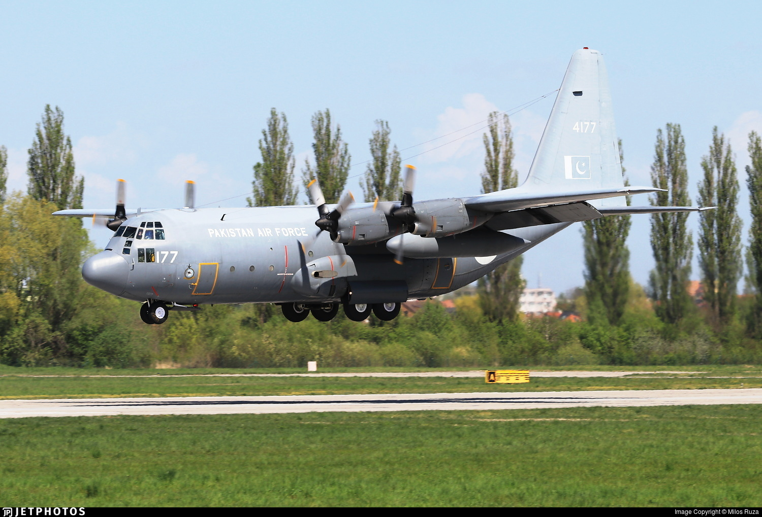 4177 - Lockheed C-130E Hercules - Pakistan - Air Force