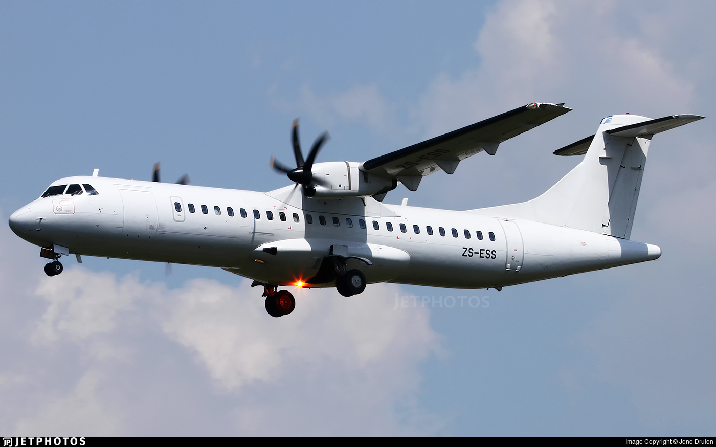 ZS-ESS - ATR 72-212A(600) - Solenta Aviation