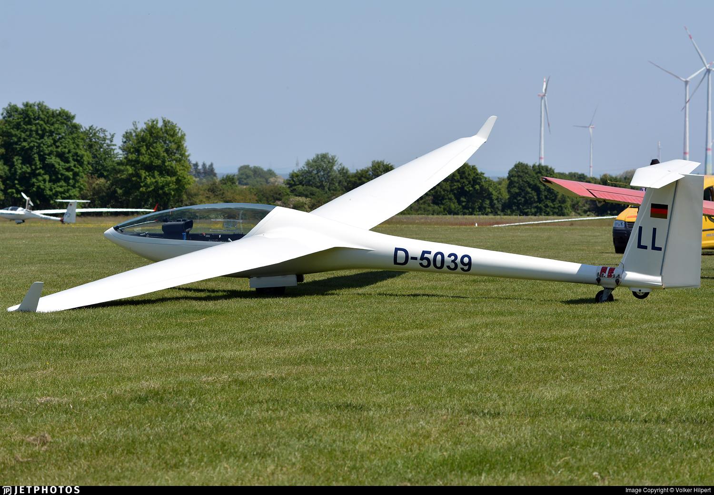 D-5039 - Glaser-Dirks DG-300 Elan - Private