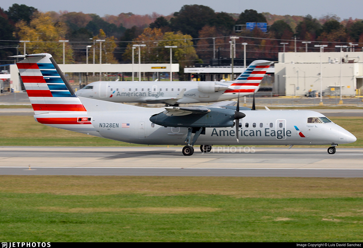 N328EN - Bombardier Dash 8-311 - American Eagle (Piedmont Airlines)