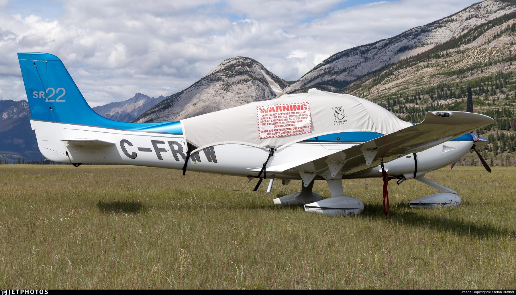 C-FRWW - Cirrus SR22 - Private