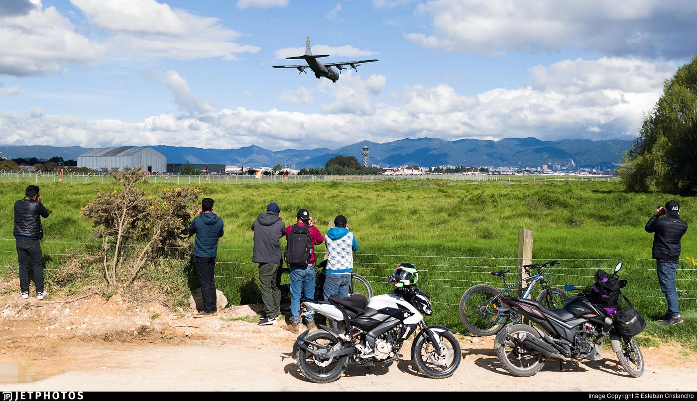 SKBO - Airport - Spotting Location