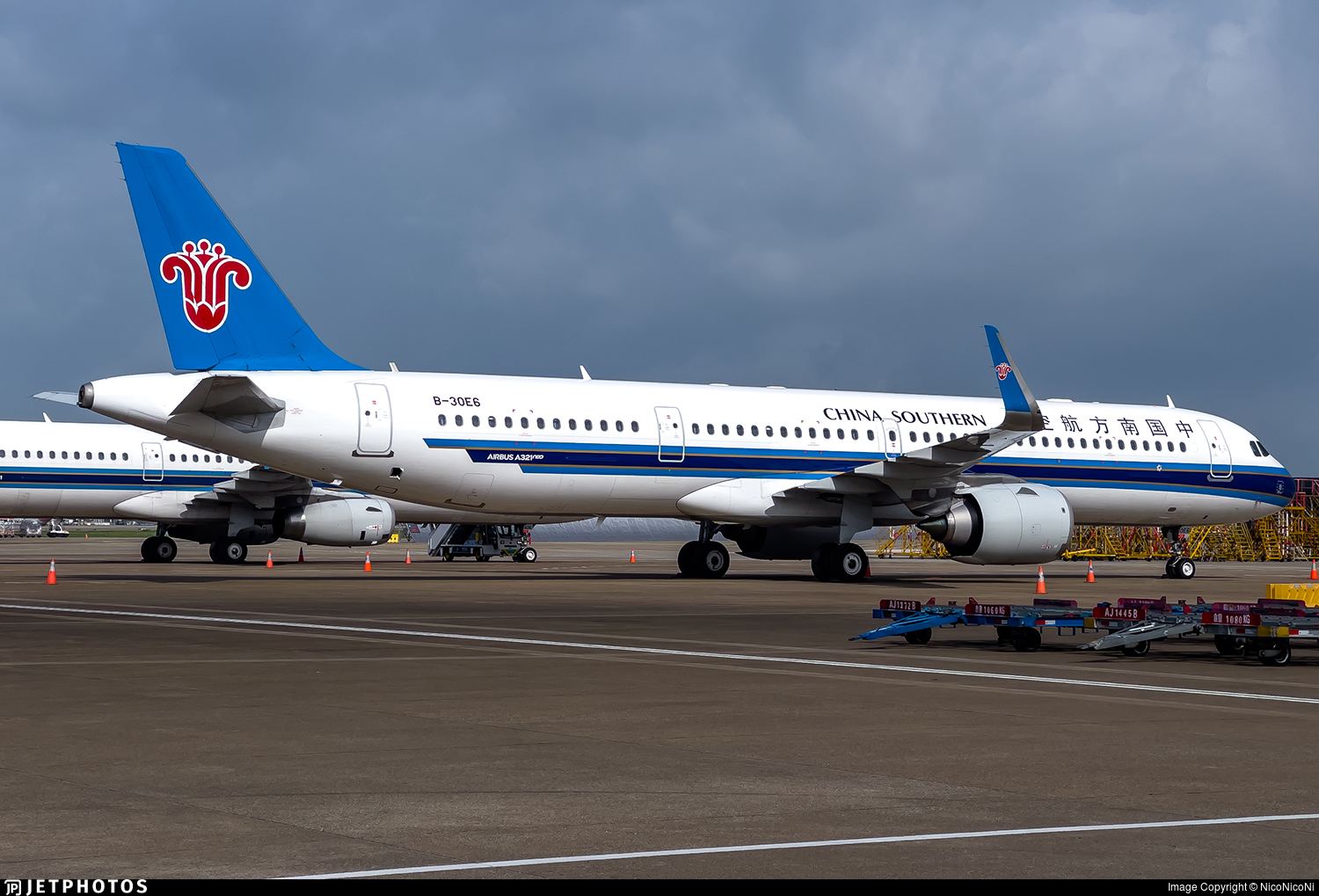 B-30E6 - Airbus A321-253NX - China Southern Airlines