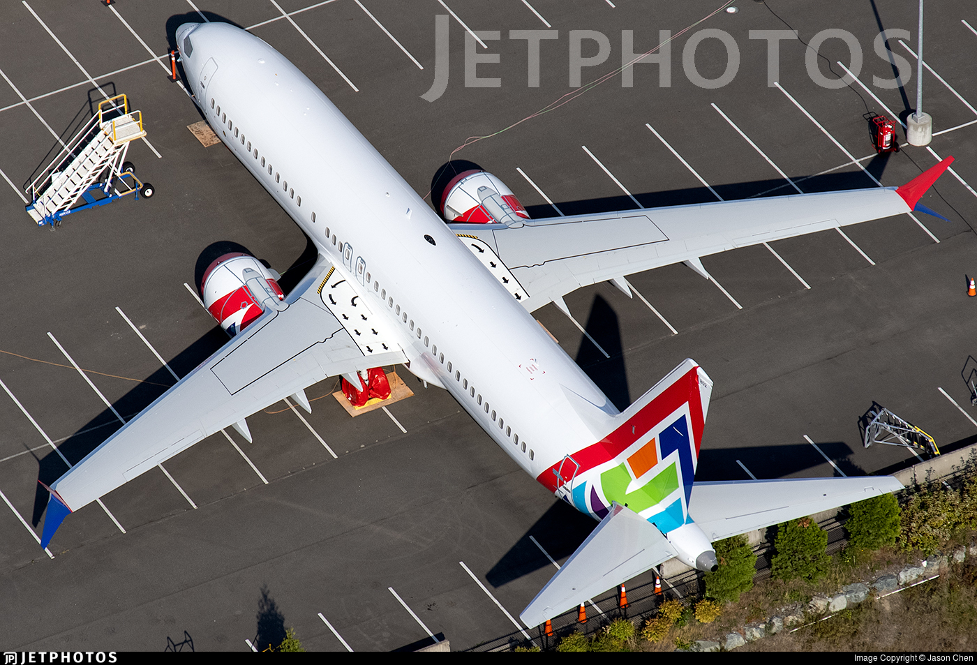 C-FSLO - Boeing 737-8 MAX - Enerjet