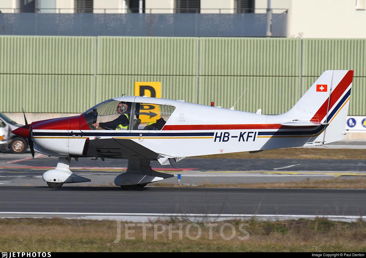 HB-KFI - Robin DR400/140B Dauphin - Groupement de Vol à Moteur Lausanne
