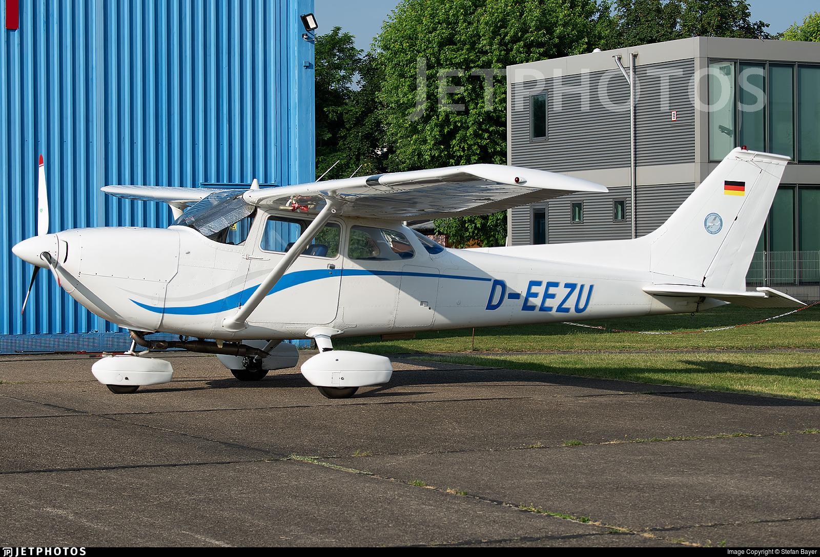 D-EEZU - Reims-Cessna FR172H Reims Rocket - Fliegergemeinschaft Flughafen Köln/Bonn