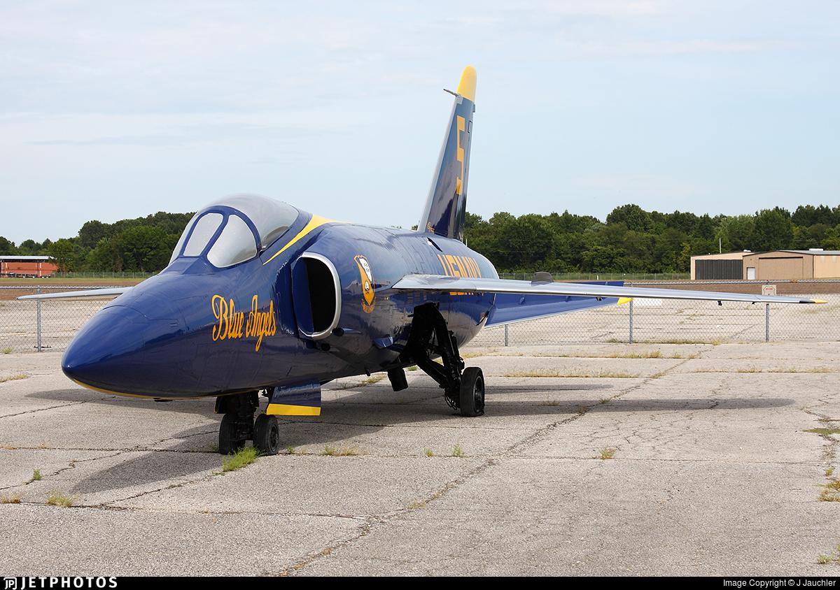 141760 - Grumman F-11A Tiger - United States - US Navy (USN)