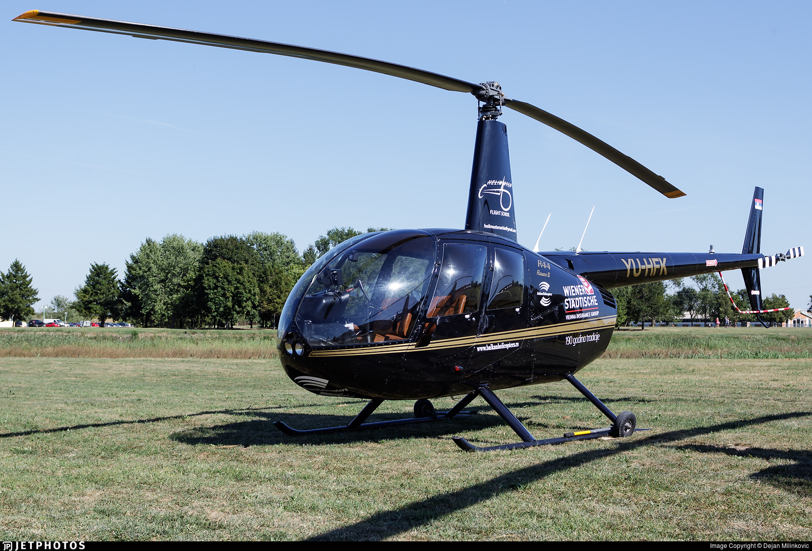 YU-HFK - Robinson R44 Raven II - Helimaster Flight School