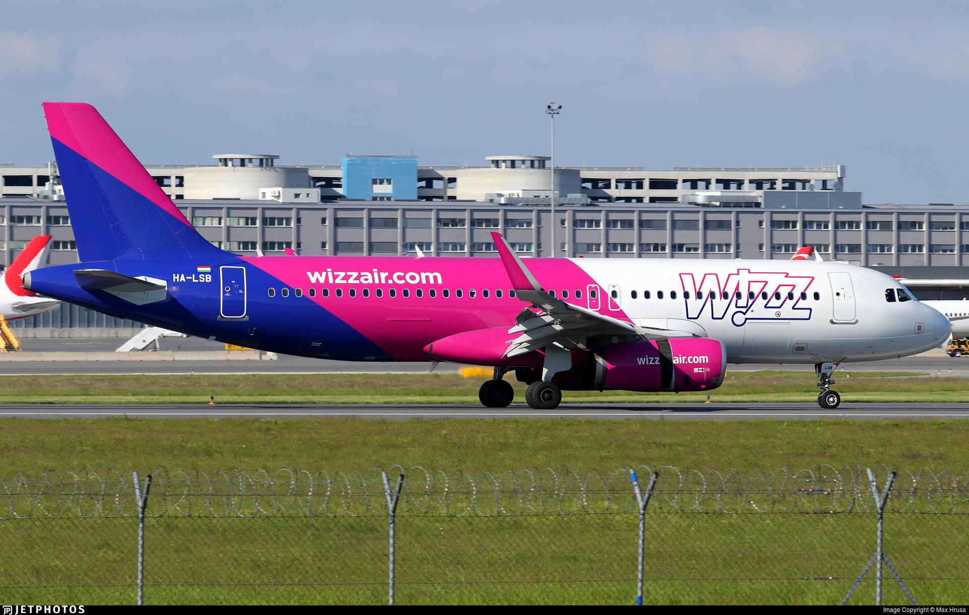 Ha Lsb Airbus A320 232 Wizz Air Max Hrusa Jetphotos
