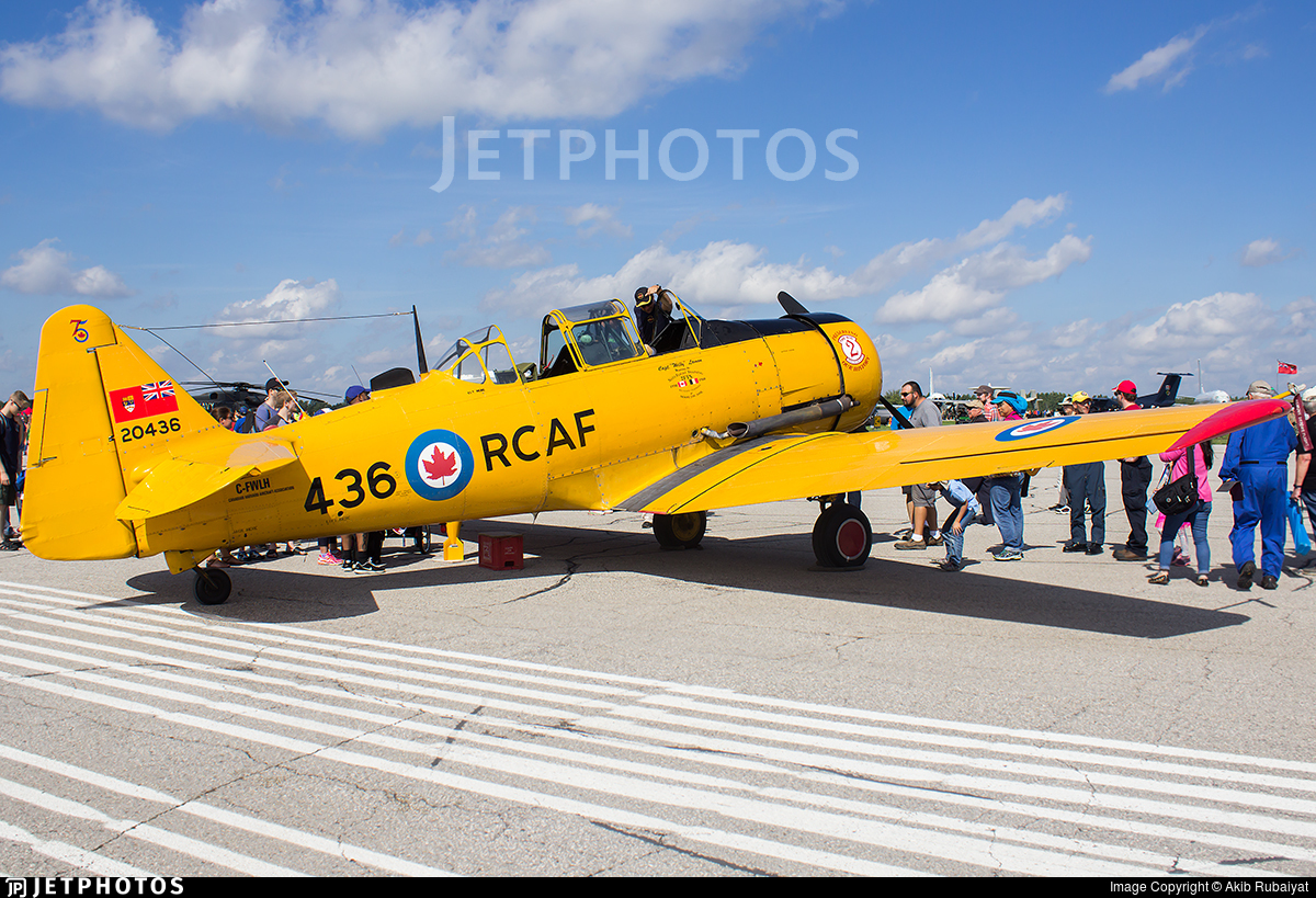 C-FWLH - Canadian Car and Foundry Harvard Mk.IV - Private