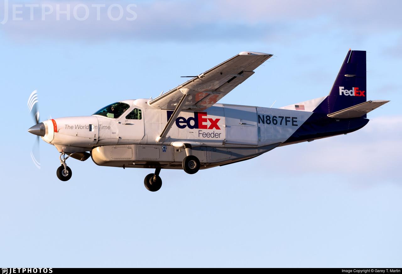 N867FE - Cessna 208B Super Cargomaster - FedEx Feeder (West Air)