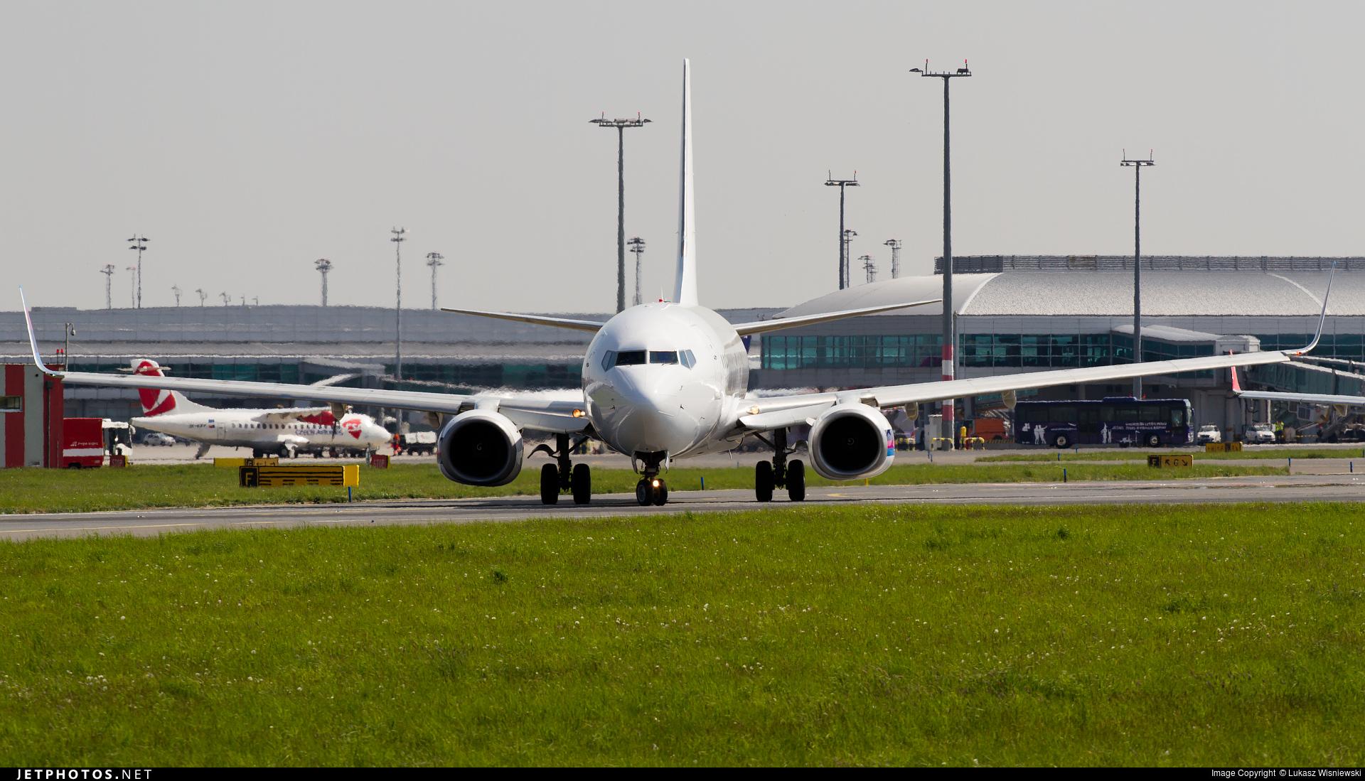 OM-GTE - Boeing 737-8AS - Go2Sky