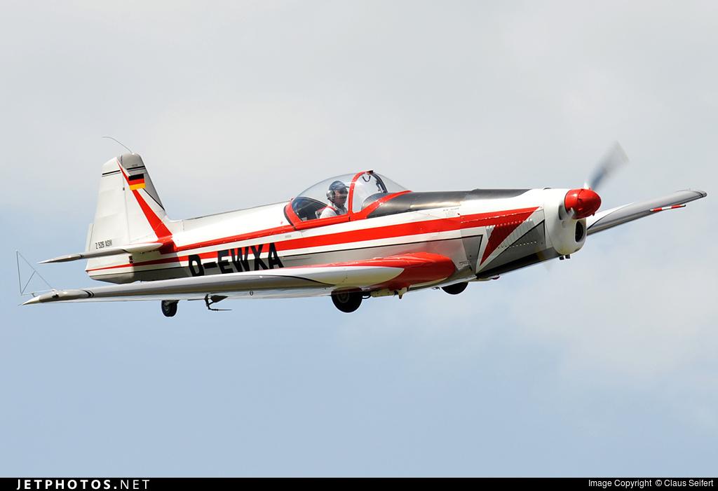 D-EWXA - Zlin 526AFS - Private