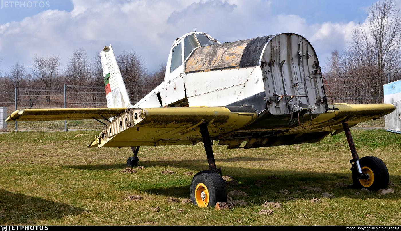 LZ8001 - PZL-Mielec M-18 Dromader - Private