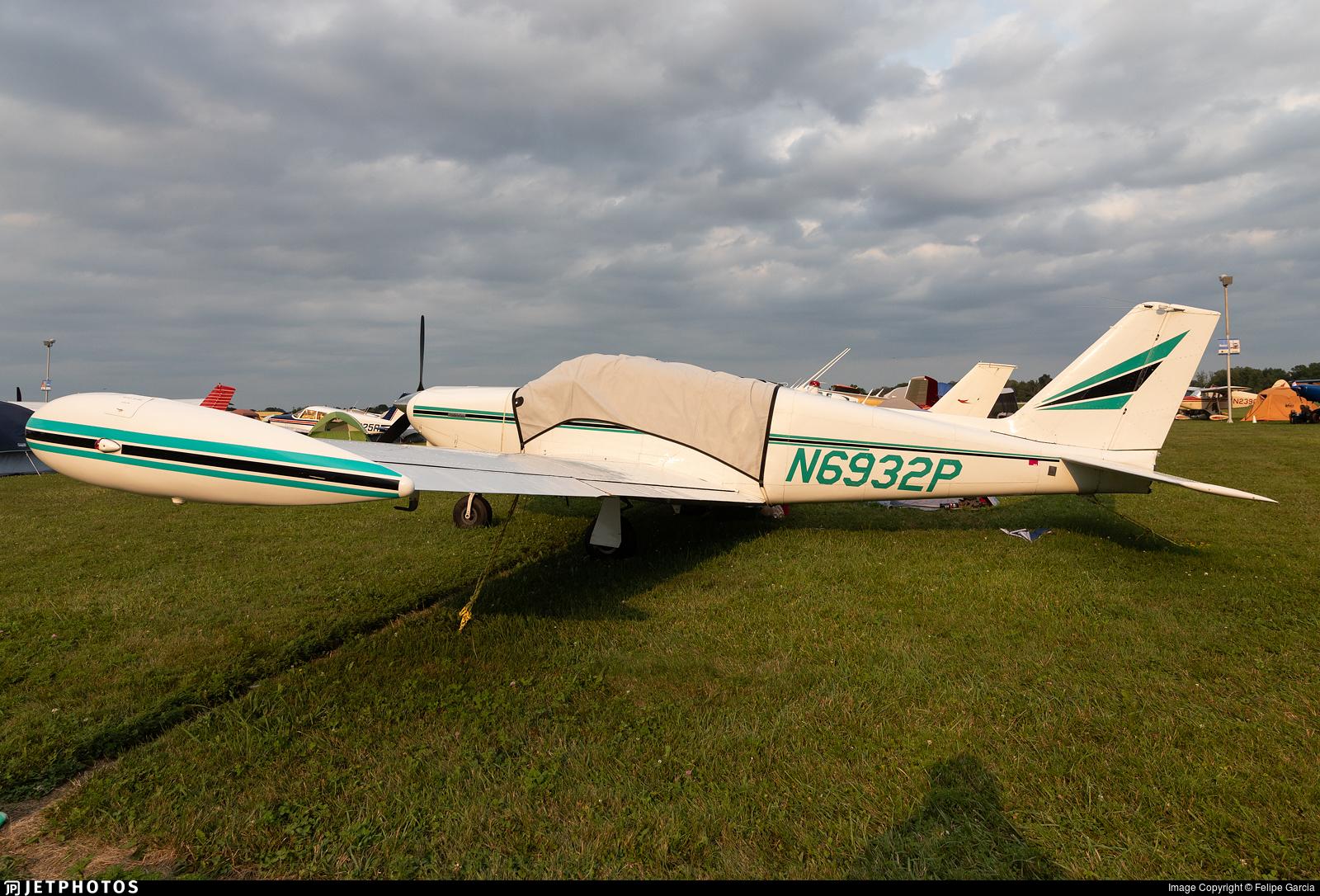 N6932P - Piper PA-24-250 Comanche - Private