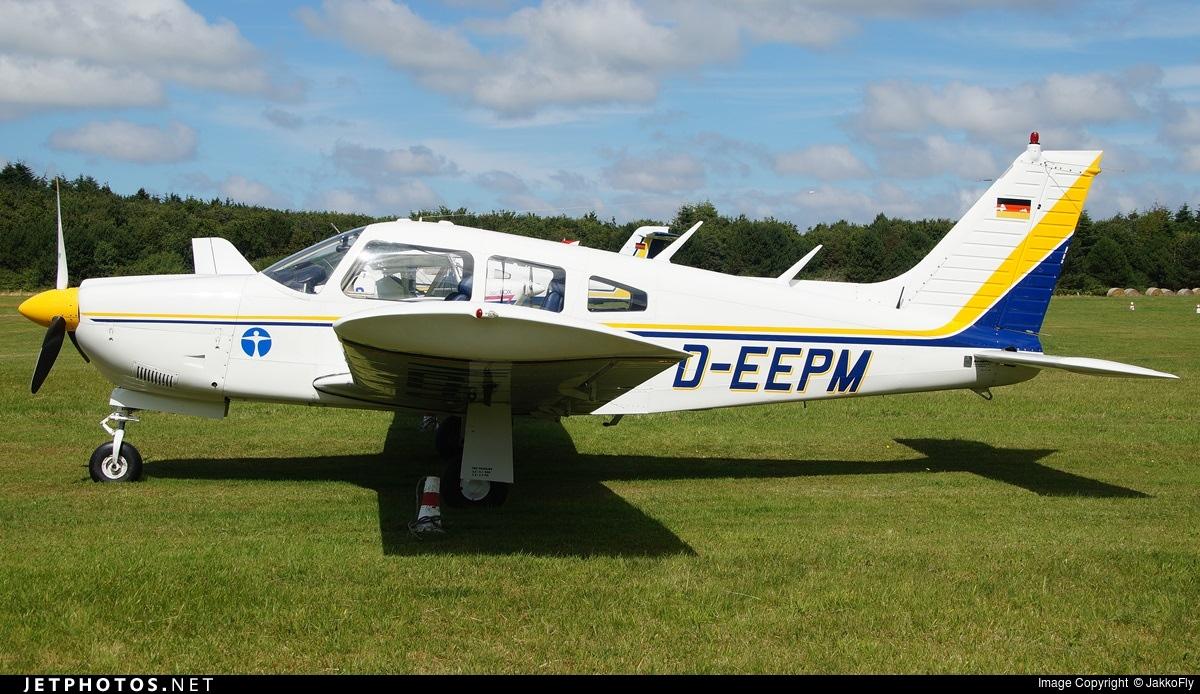 D-EEPM - Piper PA-28R-200 Cherokee Arrow II - Private