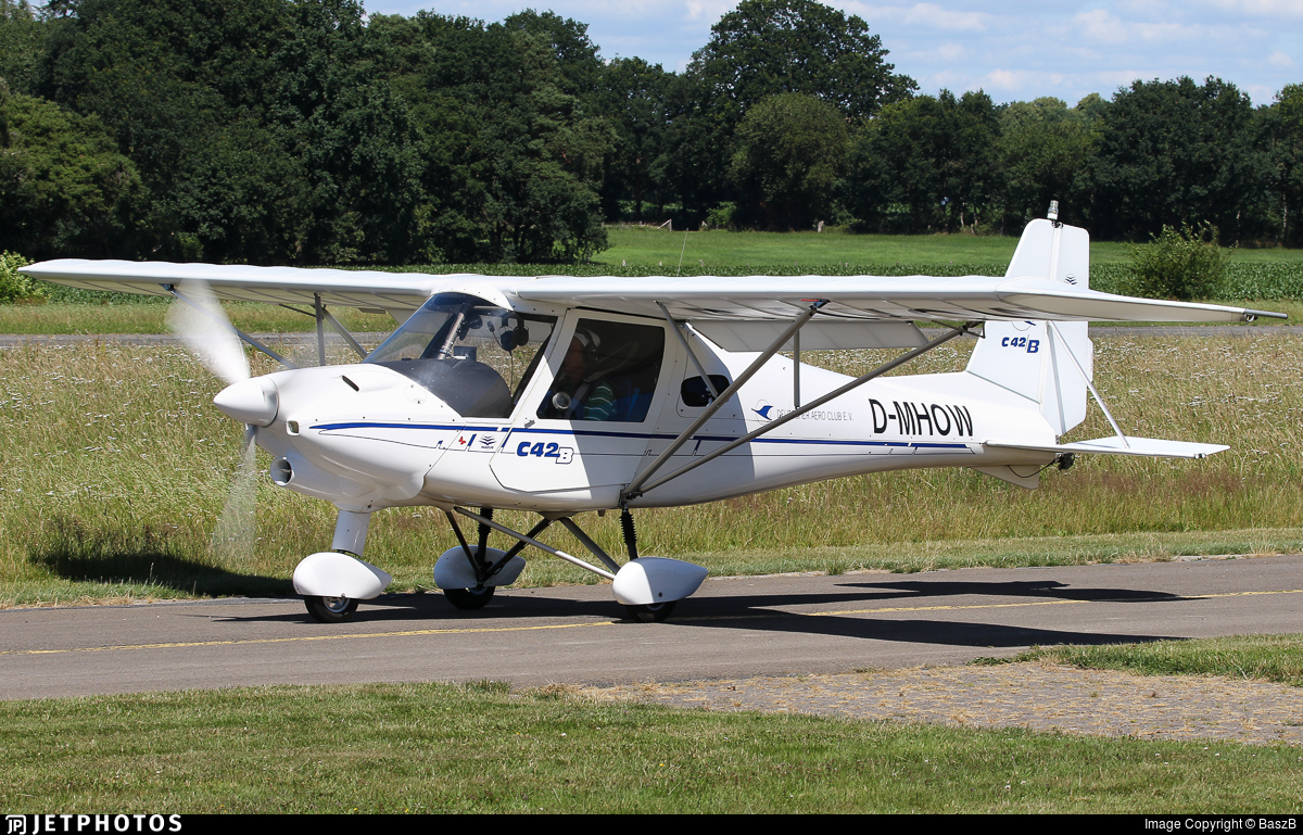 D-MHOW - Ikarus C-42 - Private