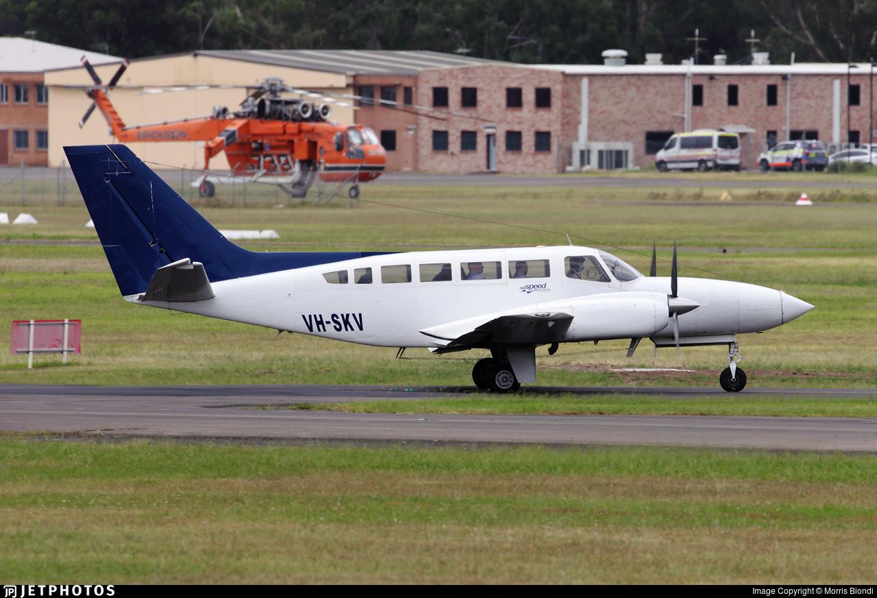 VH-SKV - Cessna 404 Titan - Airspeed Aviation