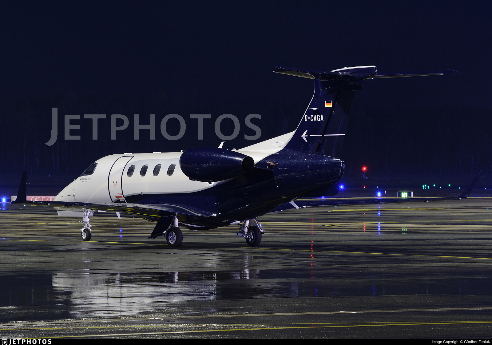 D-CAGA - Embraer 505 Phenom 300 - Luxaviation