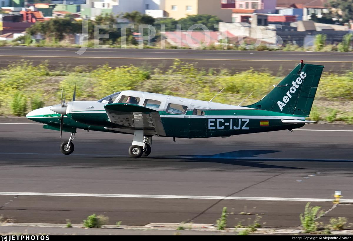 EC-IJZ - Piper PA-34-200T Seneca II - Aerotec