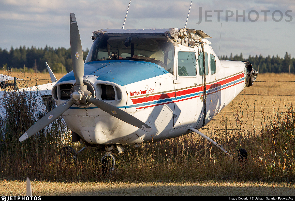 - Cessna T210G Turbo Centurion - Private
