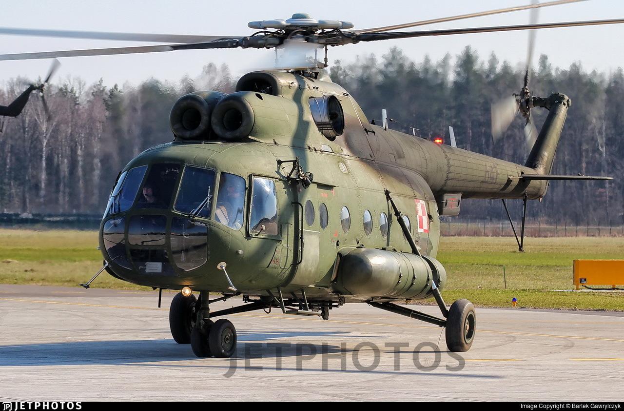 647 - Mil Mi-8T Hip - Poland - Army