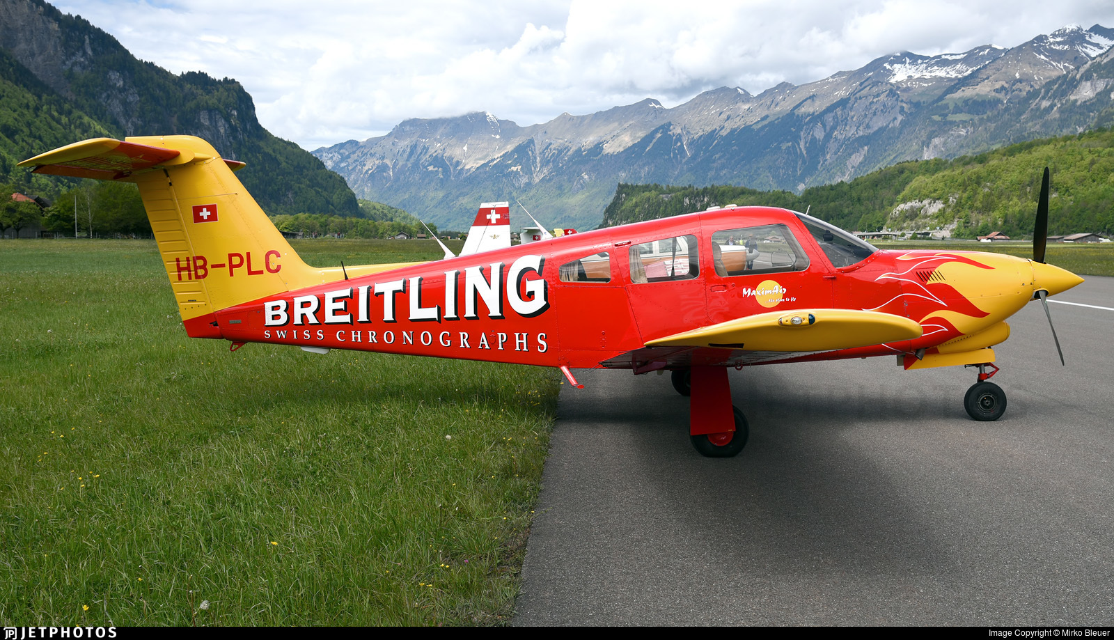 HB-PLC - Piper PA-28RT-201T Turbo Arrow IV - Maximair