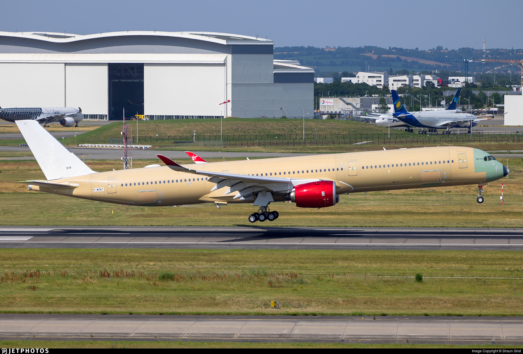 F-WZNY - Airbus A350-1041 - Airbus Industrie