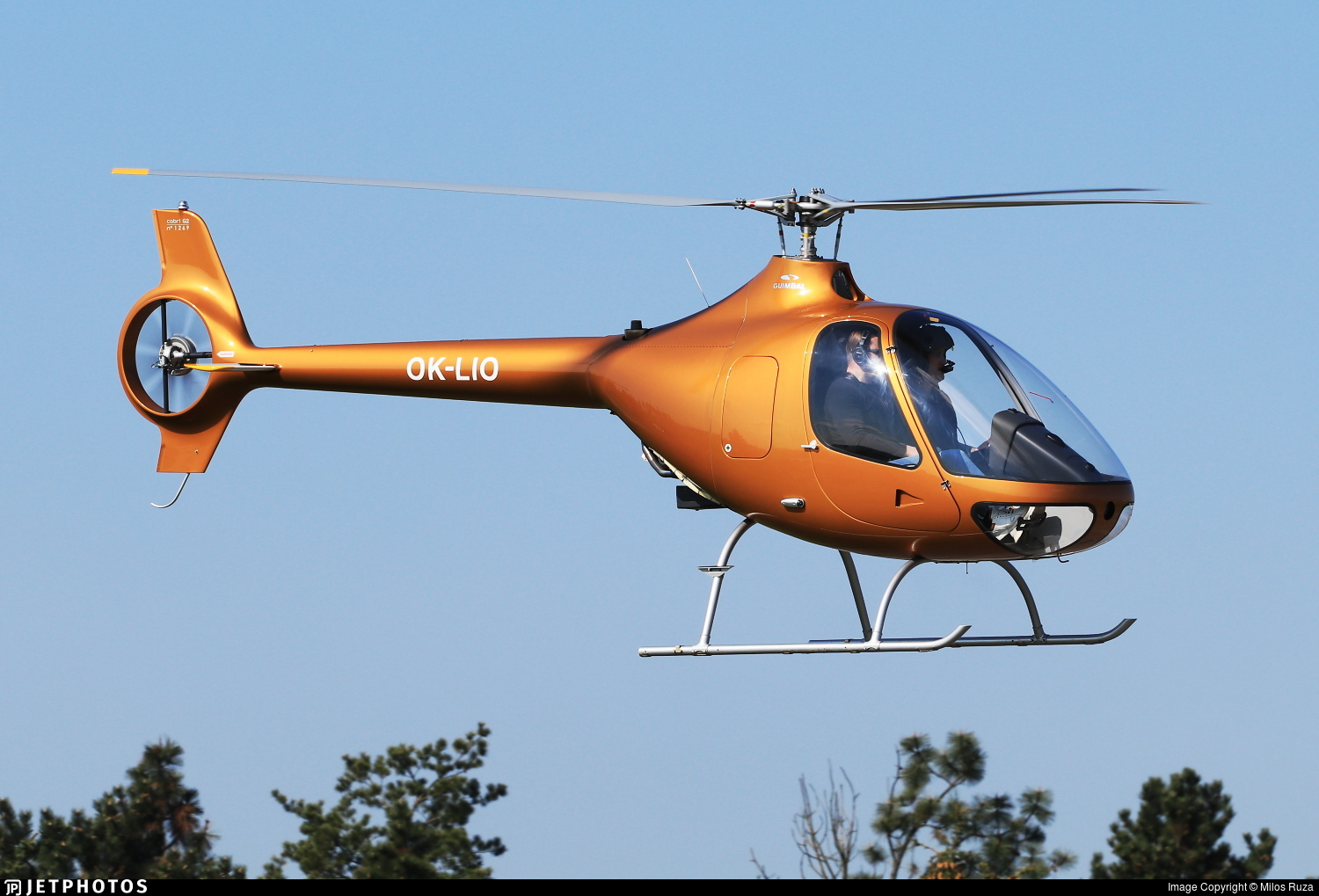 OK-LIO - Guimbal Cabri G2 - LION Helicopters