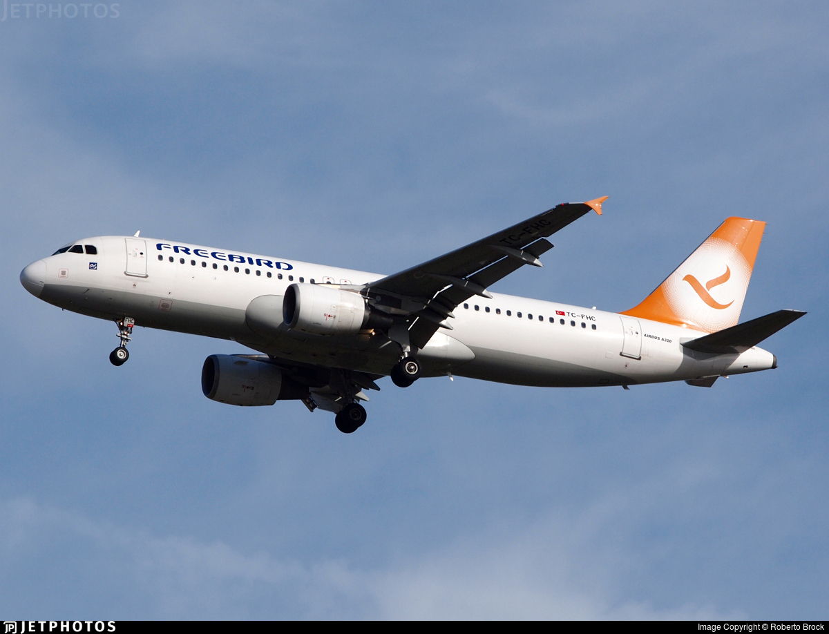 Tc Fhc Airbus A320 214 Freebird Airlines Roberto Brock Jetphotos