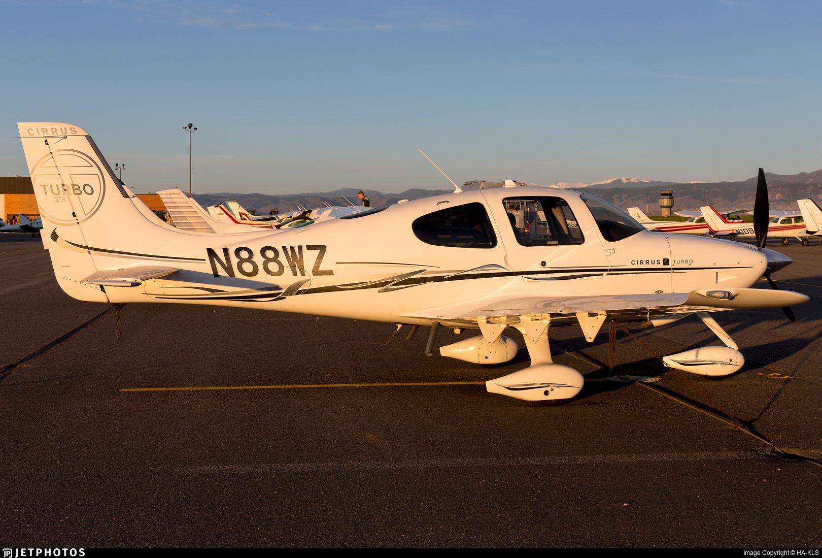 N88WZ - Cirrus SR22 G3 Turbo GTS - Private