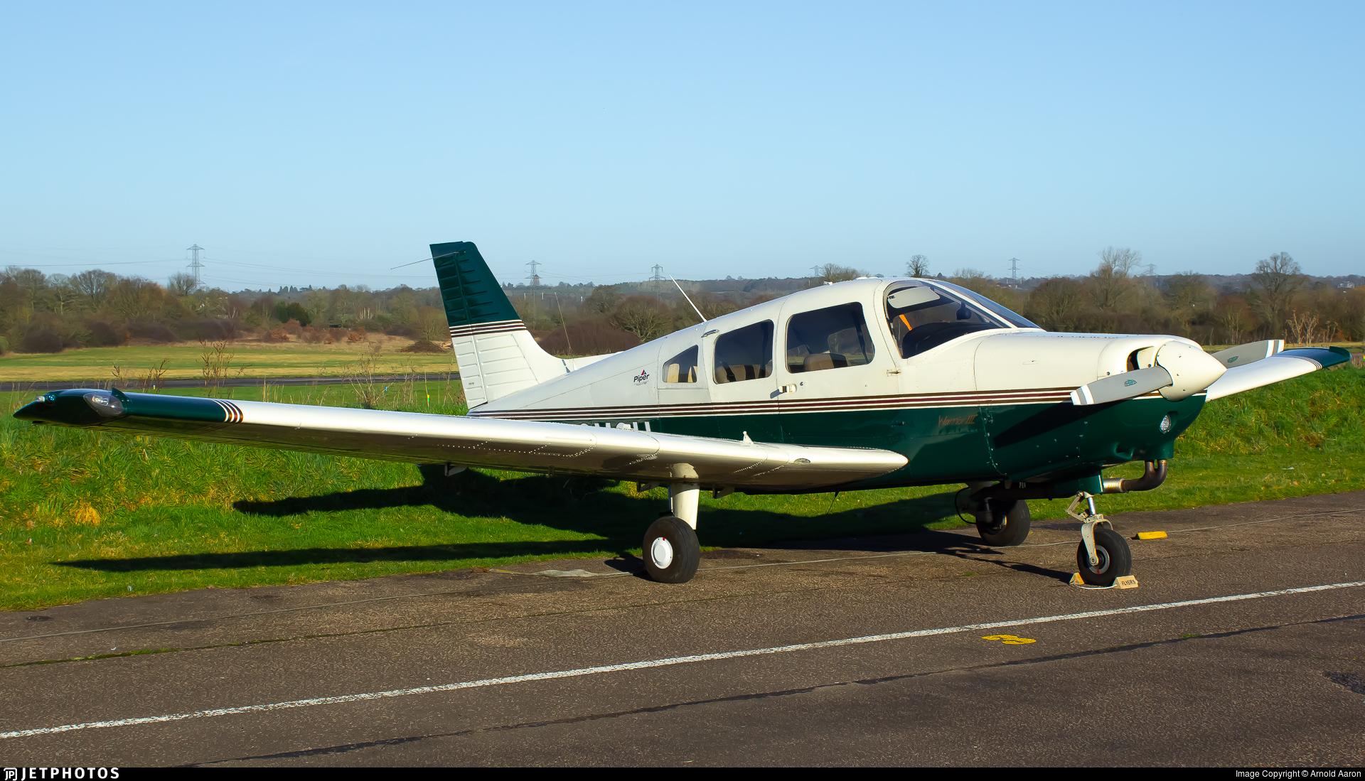 G-OMCH - Piper PA-28-161 Warrior III - Private