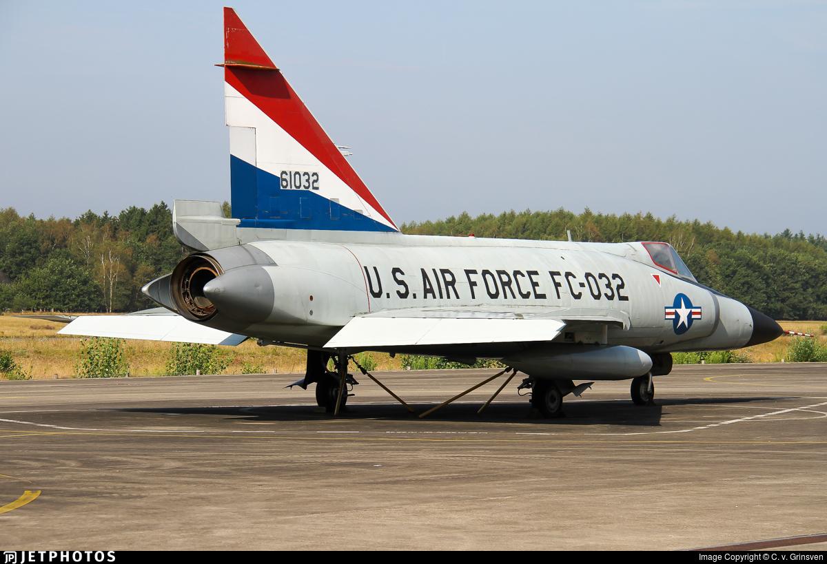 56-1052 - Convair F-102A Delta Dagger - United States - US Air Force (USAF)