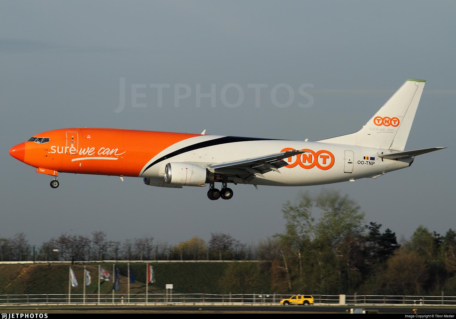 OO-TNP - Boeing 737-45D(SF) - TNT Airways