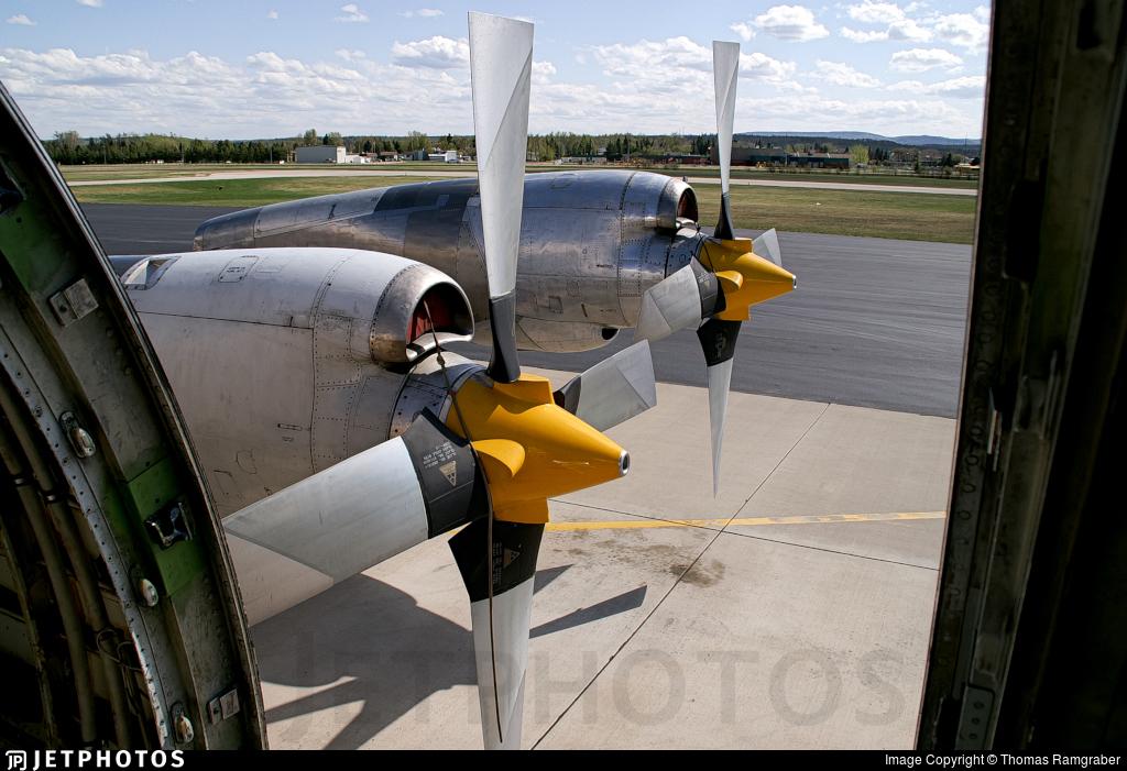 C-GHZI - Lockheed L-188C Electra - Air Spray