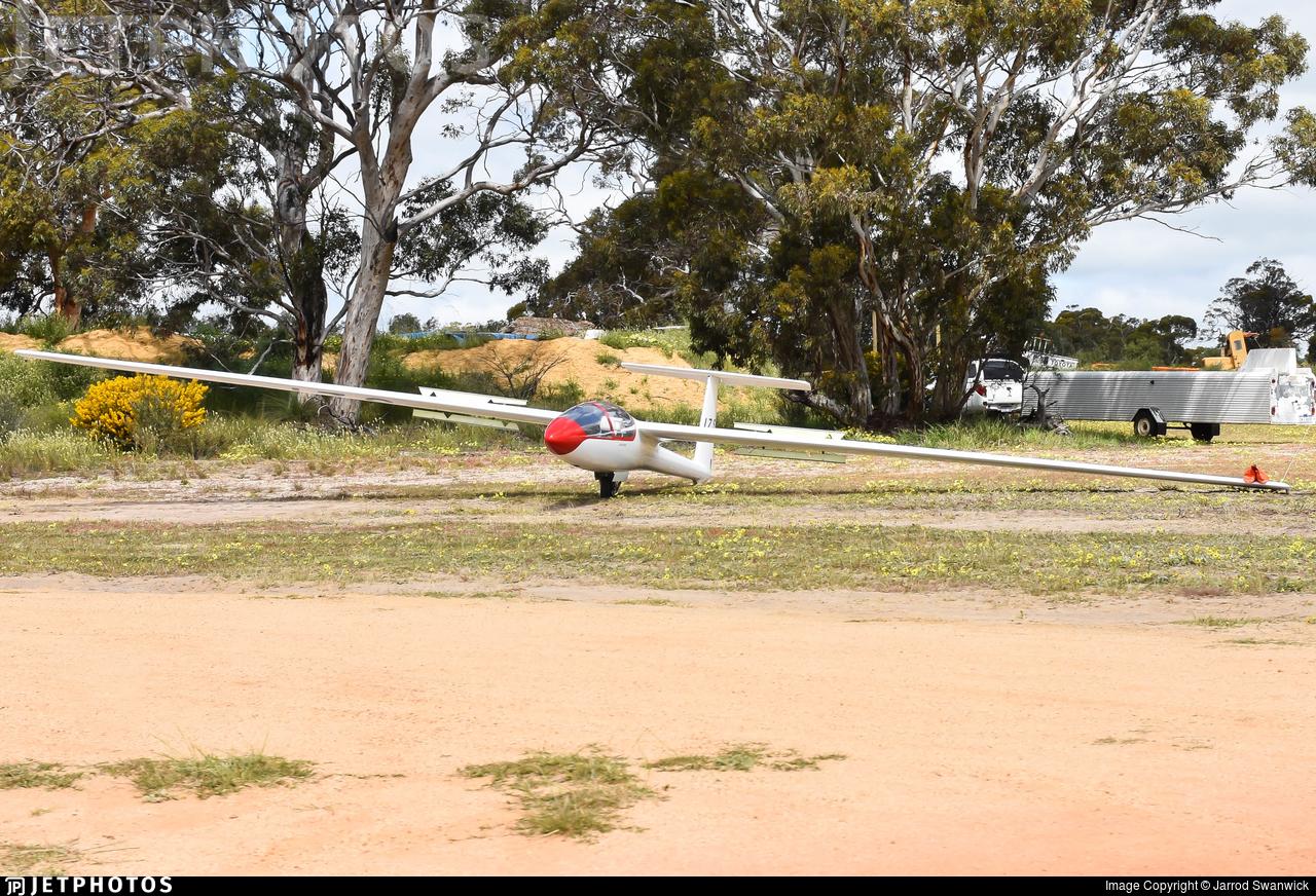 VH-IZS - PZL-Bielsko SZD-48-1 Jantar Standard 2 - Gliding Club of Western Australia