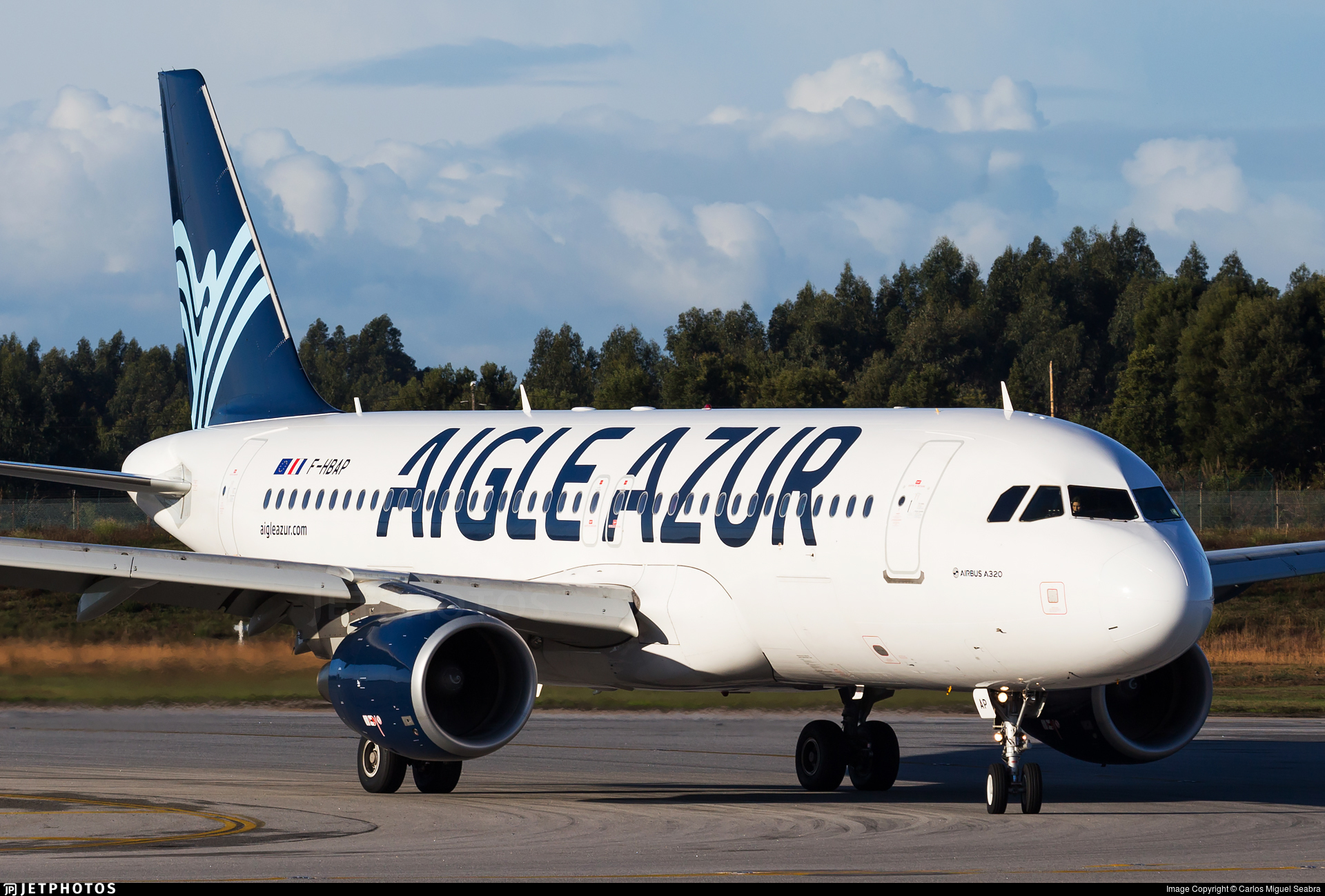 AUTOCOLLANT STICKER AUFKLEBER AIRBUS A319 AIGLE AZUR AIRLINE