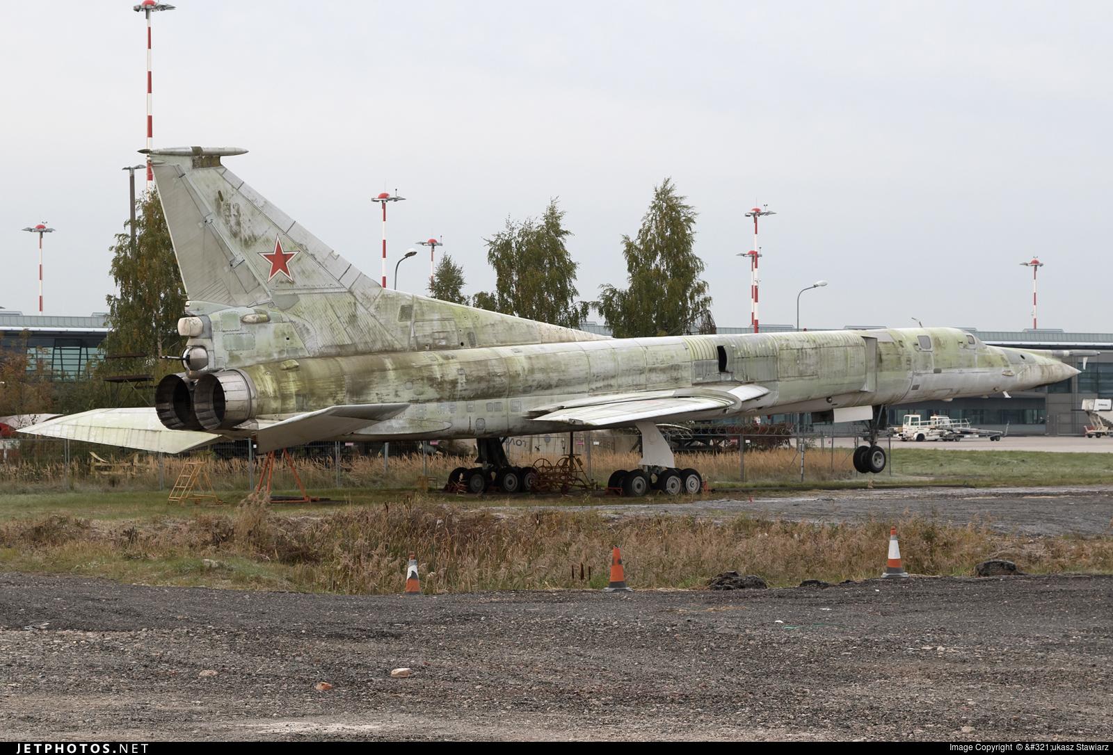 53 - Tupolev Tu-22M2 Backfire - Russia - Air Force
