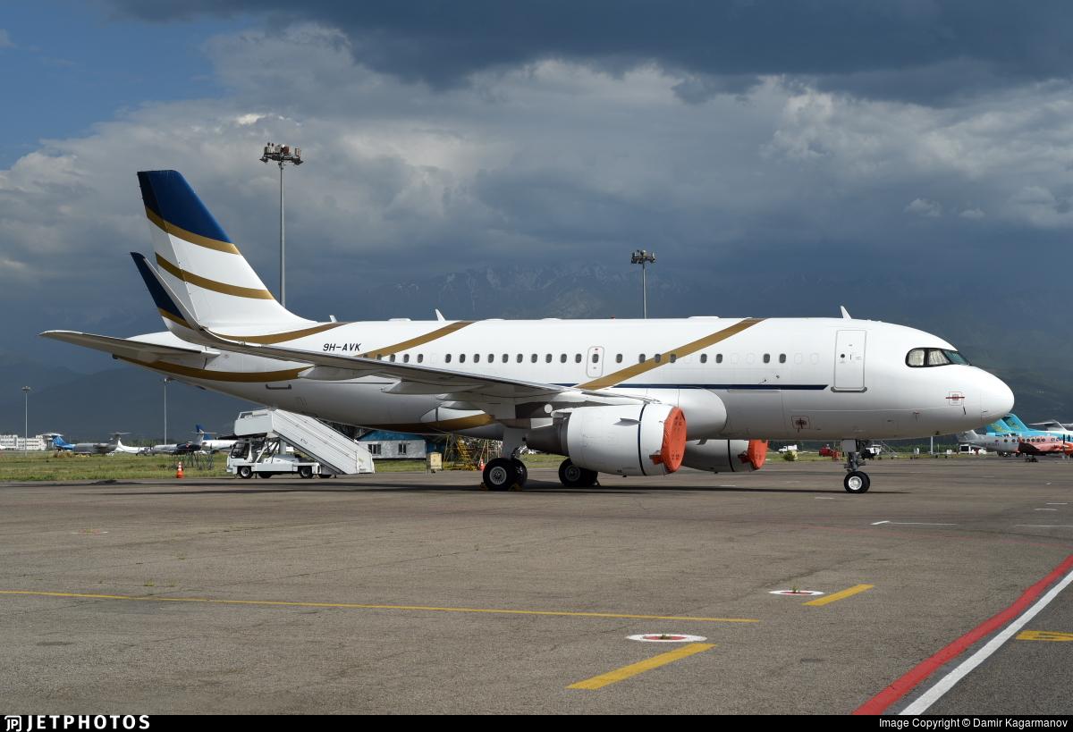 9H-AVK - Airbus A319-115(CJ) - Comlux Aviation Malta