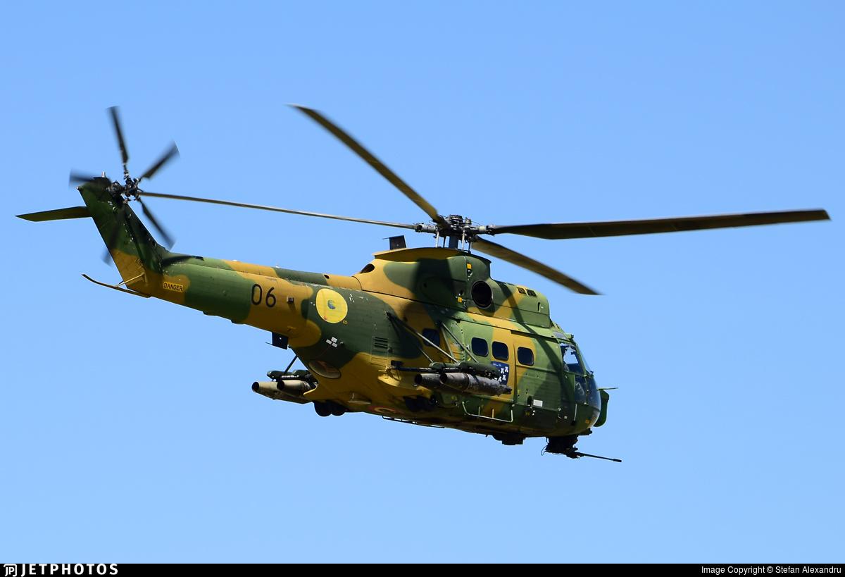 06 - IAR-330L Puma SOCAT - Romania - Air Force