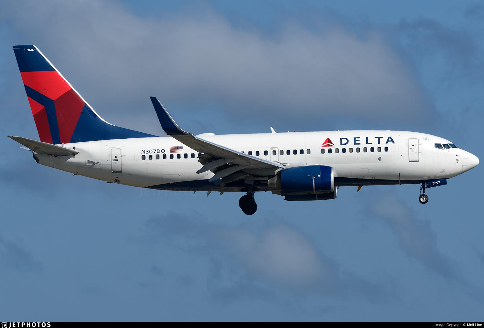 N307DQ - Boeing 737-732 - Delta Air Lines