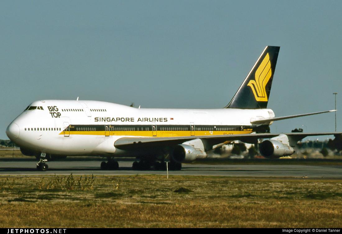 9V-SKN - Boeing 747-312(M) - Singapore Airlines