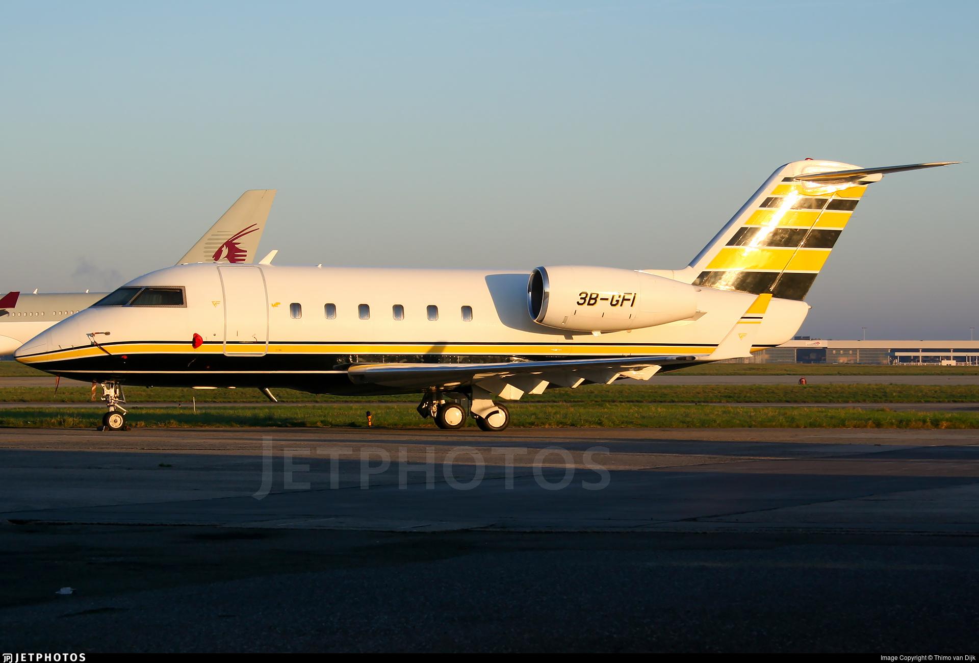 3B-GFI - Canadair CL-600-1A11 Challenger 600 - Private