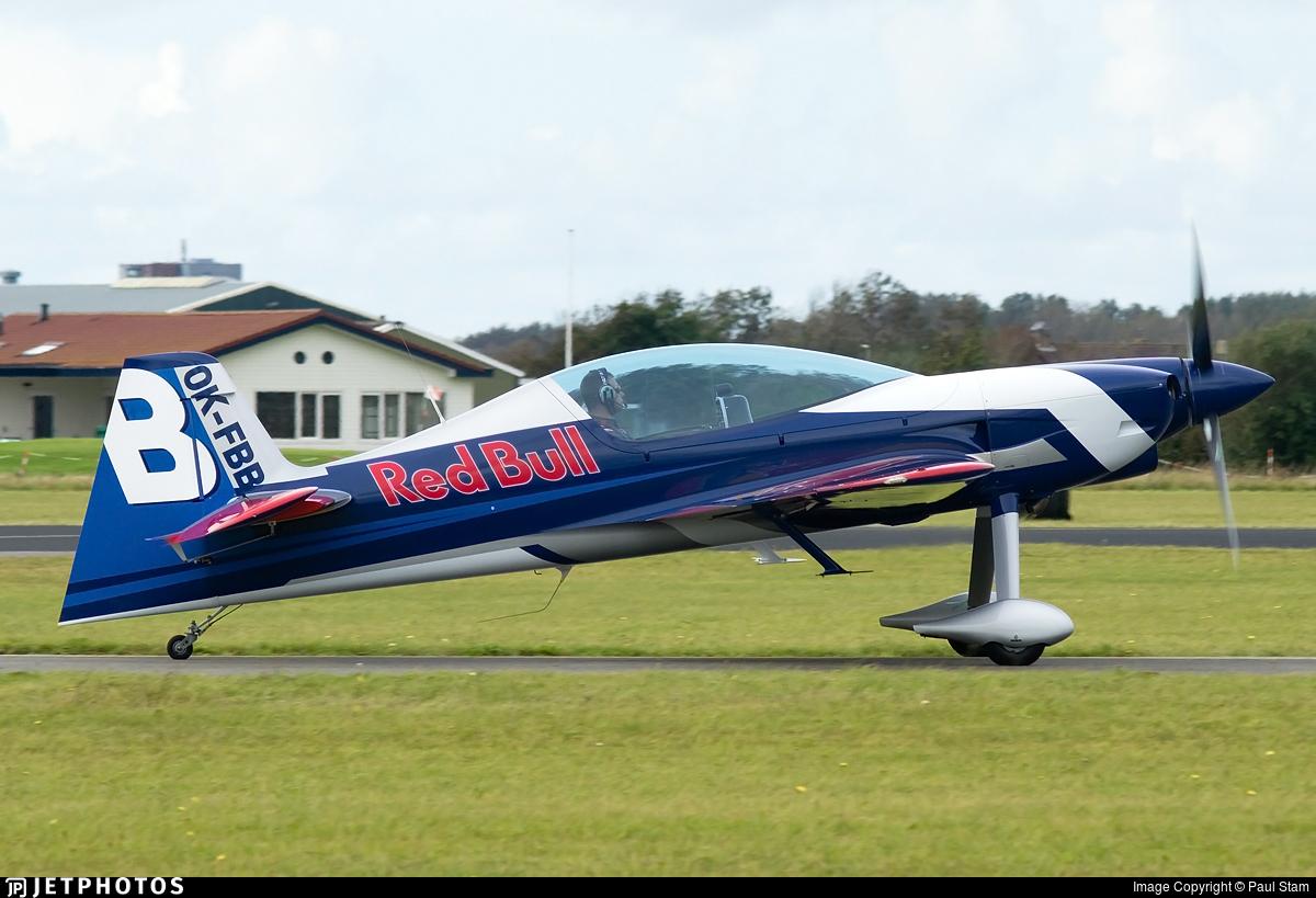 OK-FBB - XtremeAir XA-42 - The Flying Bulls Duo
