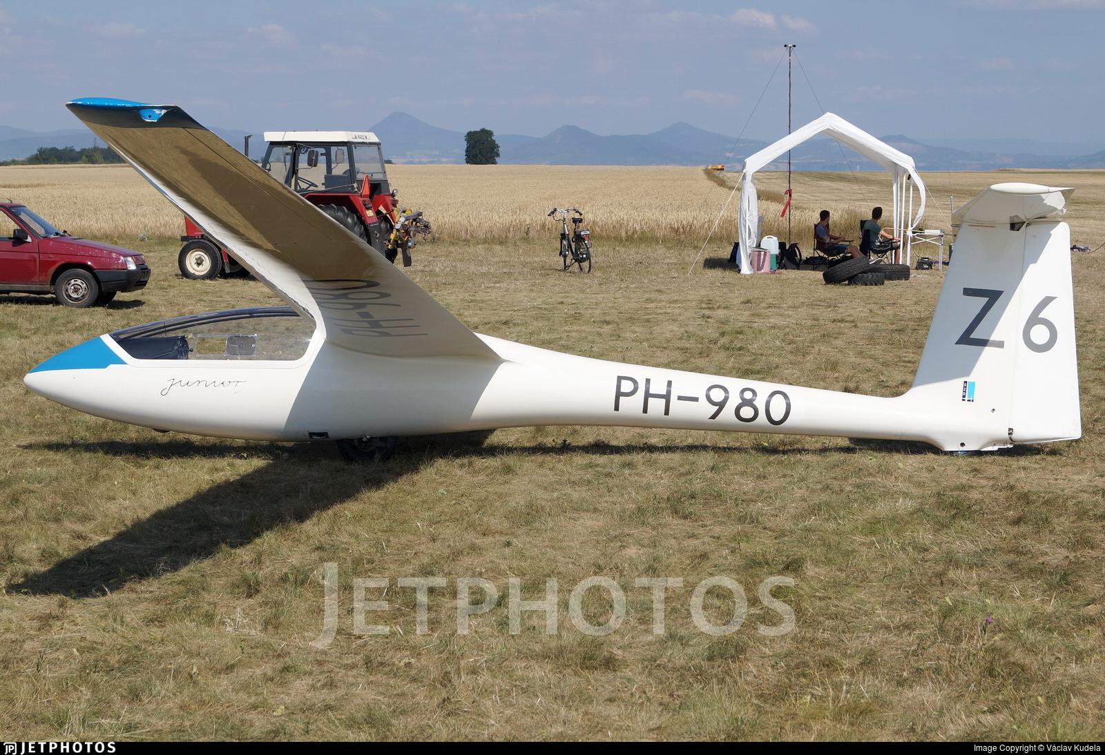 PH-980 - SZD 51-1 Junior - Zweefvliegclub Eindhovense Studenten